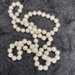 Jewelry - Cultured freshwater white pearl 26 in necklace